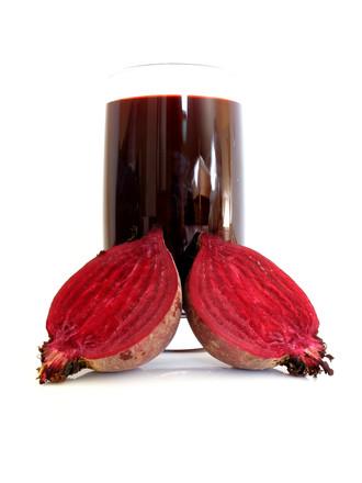 Při chudokrevnosti je vhodné jíst červenou řepu, má totiž nejvyšší obsah železa ze všech druhů ovoce a zeleniny