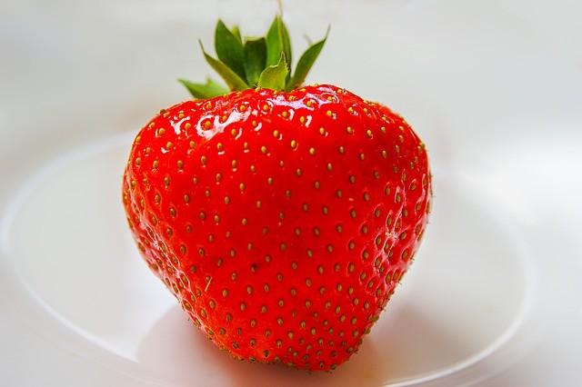 Superpotraviny, zelené smoothie, jahody
