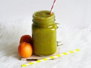 mangovo-meruňkové smoothie s rakytníkem