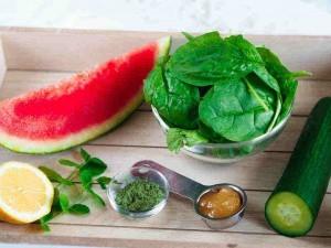 suroviny na melounovo-okurkové smoothie