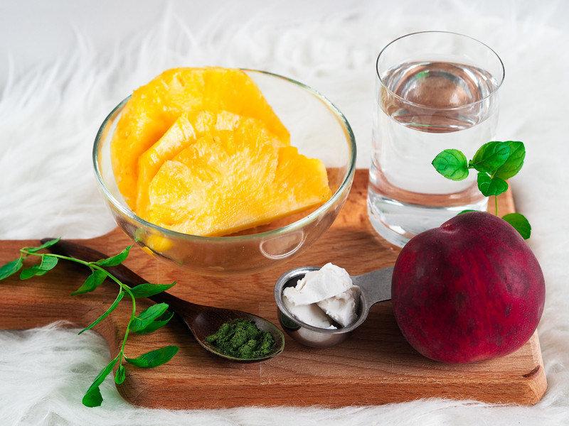 smoothie_broskev_ananas