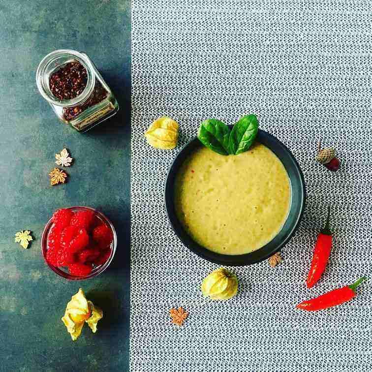 ďábelská smoothie bowl s papričkami