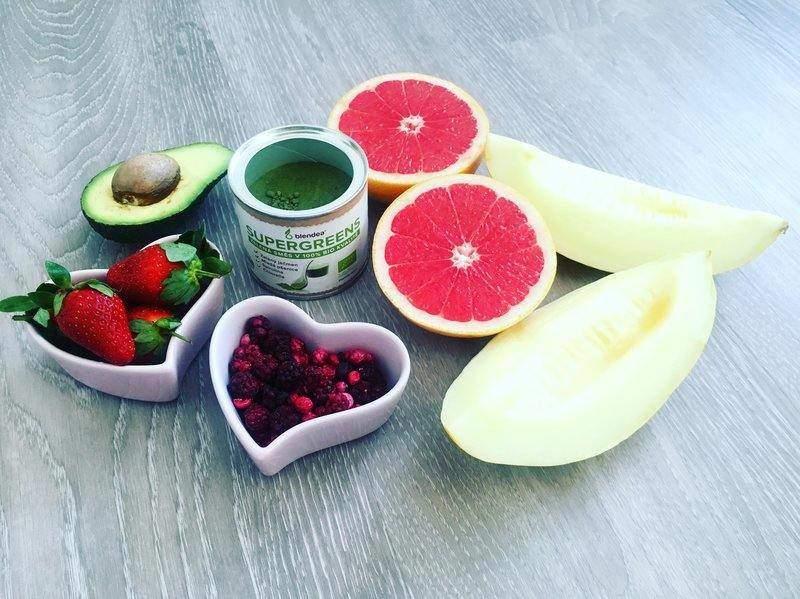 valentýnská smoothie bowl recept