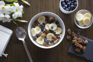 Smoothie bowl s banány