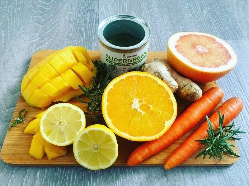 mangovo-citrusové smoothie