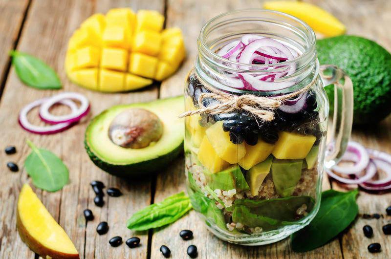 ovocno-zeleninový salát do skleničky