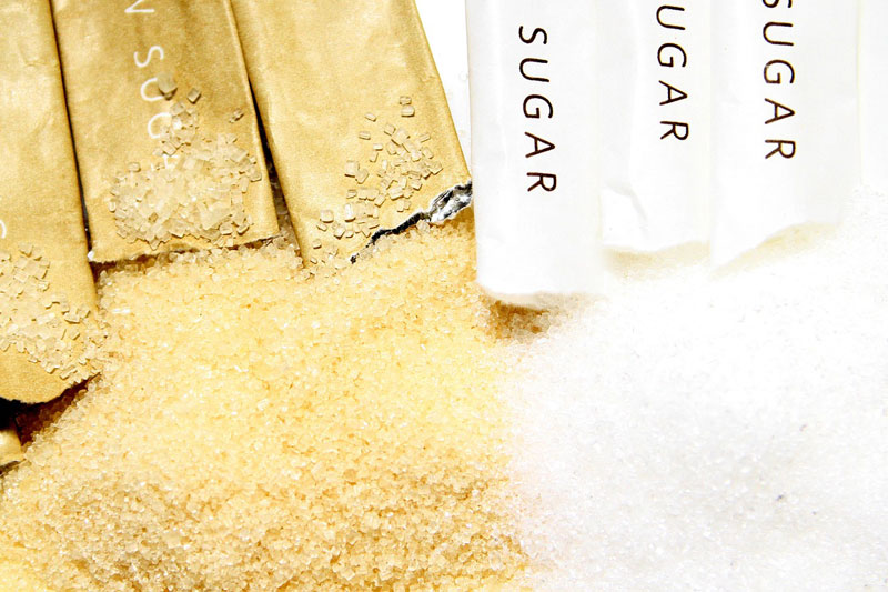 Cukr bílý, cukr hnědý