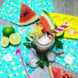 melounové smoothie s ananasem a limetkou