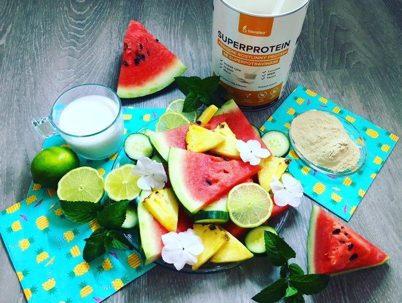 melounovo-ananasové smoothie s blendeou