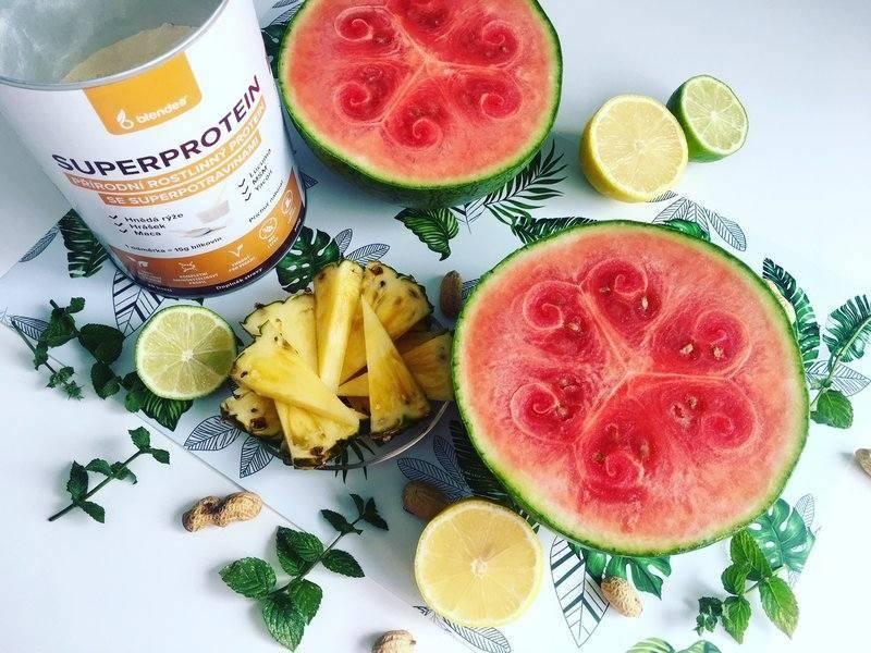 melounová smoothie bowl s Blendea SUPERPROTEINEM