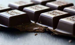 superpotravina hořká čokoláda