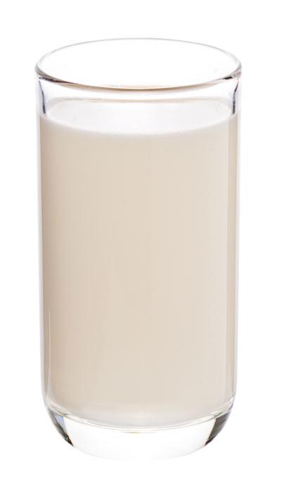 pohár rostlinného mléka