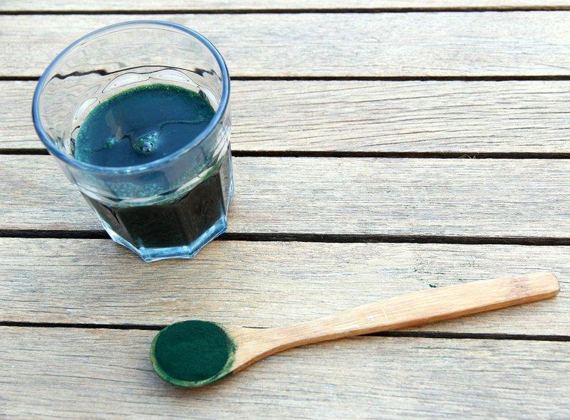 spirulina nápoj a prášek