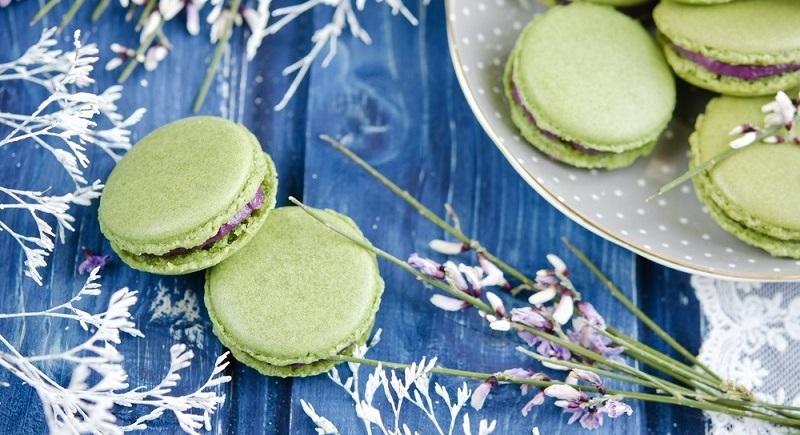 zelené vánoční makronky
