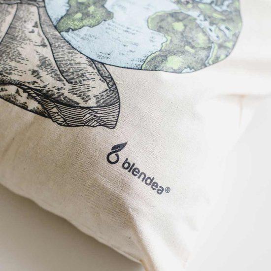 Detail plátenky Blendea logo