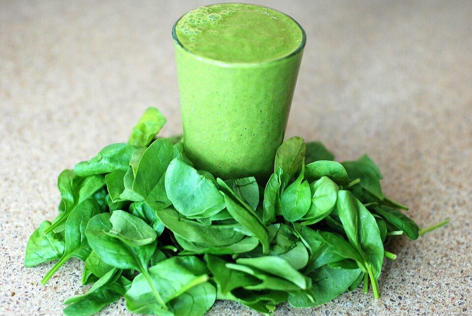 špenátové smoothie s kyselinou listovou
